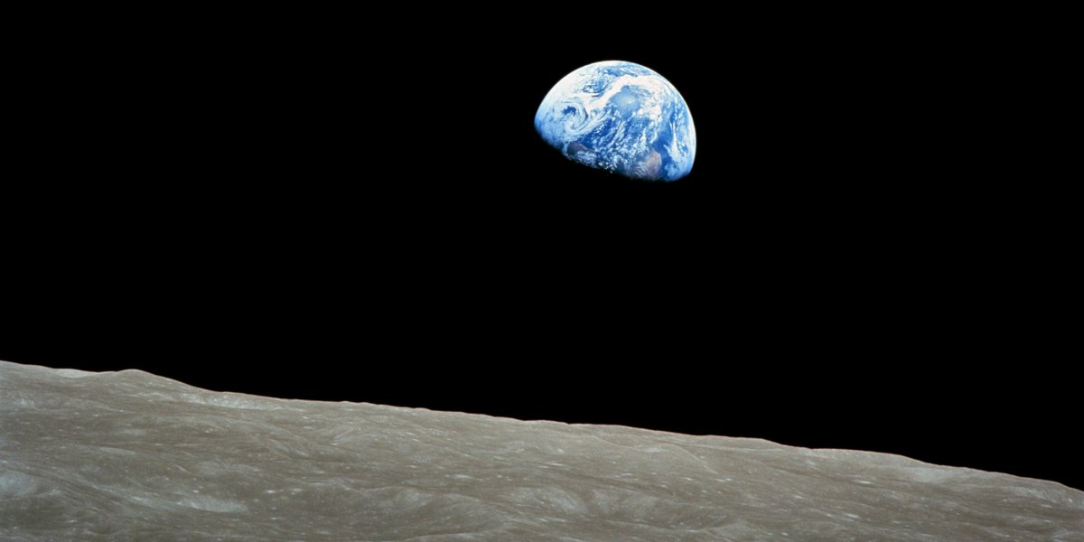 The famous'Earthrise