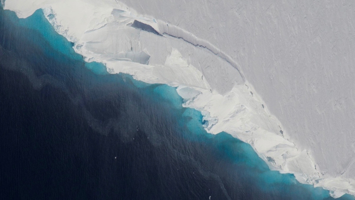 NASA warn 'dangerous' Thwaites Glacier in Antarctica on verge of COLLAPSE