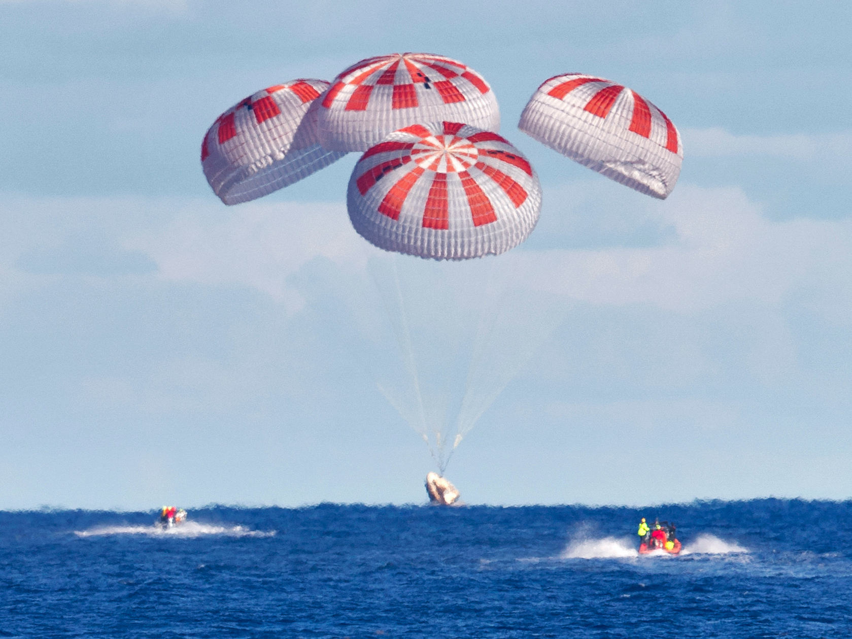 SpaceX Dragon astronauts aiming for rare splashdown off Florida coast