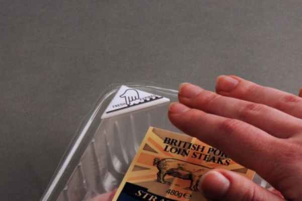 Bio-reactive food expiry label could cut food waste