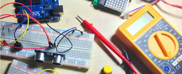 ScienceAlert Deal: Learn Arduino by Building Electronics Projects From Scratch
